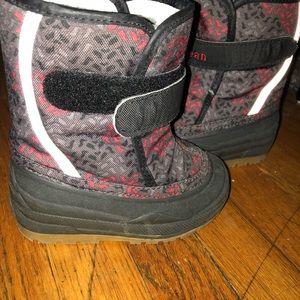 LL Bean toddler winter boots